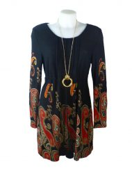 *Red pompom tunic front