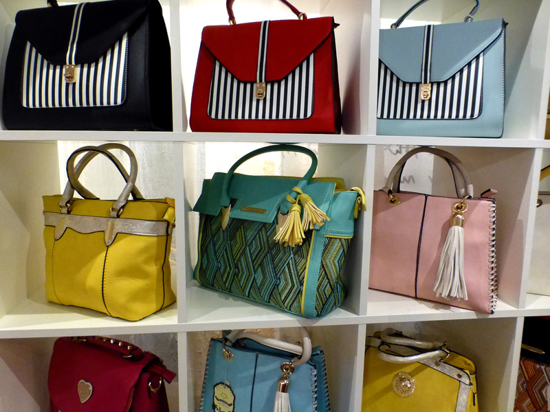 Womans-Fashion-Handbags