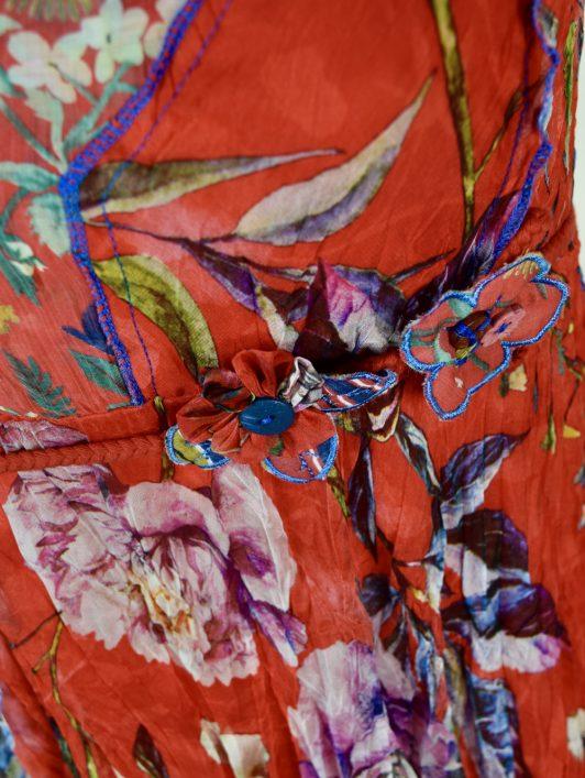 Sensations Pour Elle 883 Red Floral 20B Swatch
